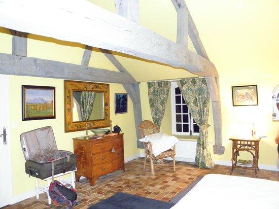 Chateau de Saint Maclou la Campagne : Yellow Room