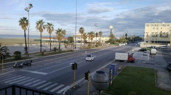 Hotel La Pace: vista mare