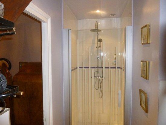 La Maison d'Euphrasie: douche