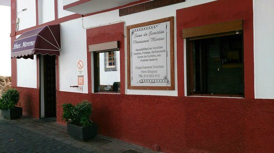 Casa de Comidas Hnos Moreno: FACHADA