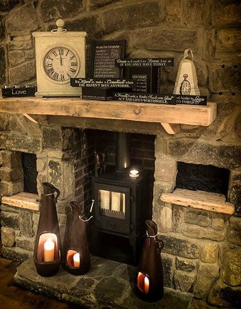Stanley, UK: Fireside at Bayberry Hollow