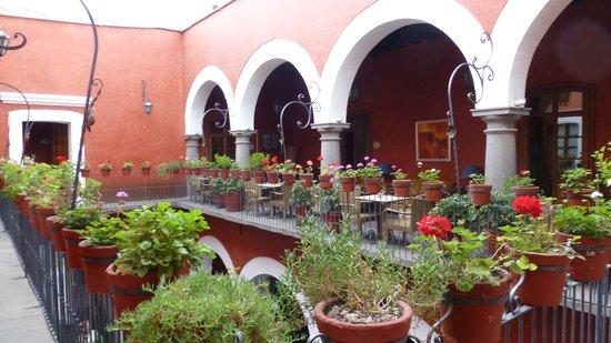 Casona de la China Poblana : Second  story patio