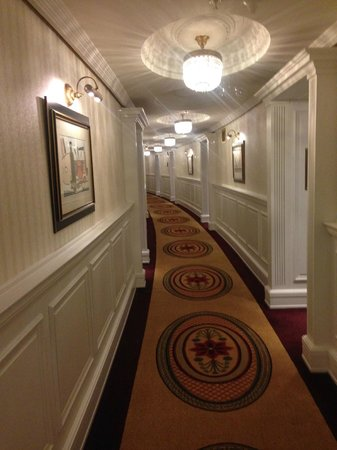 Powerscourt Hotel, Autograph Collection : REDRUM!!  JK,  great halls...