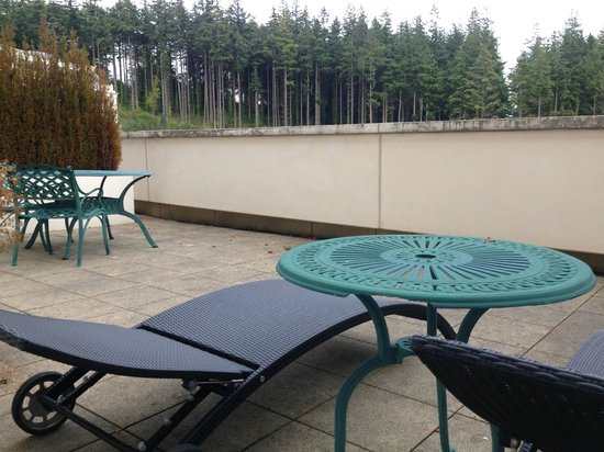 Powerscourt Hotel, Autograph Collection : 3rd floor deck