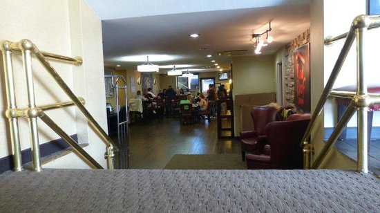 Best Western Long Island City: Lobby & Frühstücksraum
