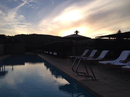 Bardessono: Rooftop pool at sunset. Does it get any better?