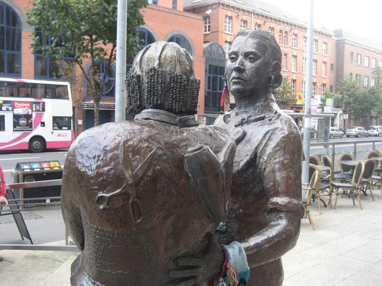 Monument to the Unknown Woman Worker: Buddies