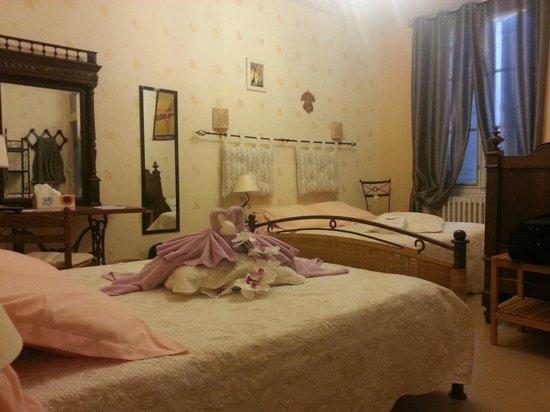 Hotel Des Remparts : Chambre familiale