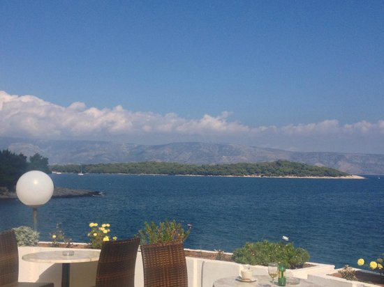 Adriatiq Resort Fontana: vue de la terrasse piscine