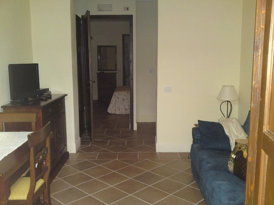 Residenza Porta Guelfa: entrata-soggiorno