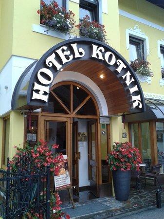 Hotel Kotnik: entrata hotel