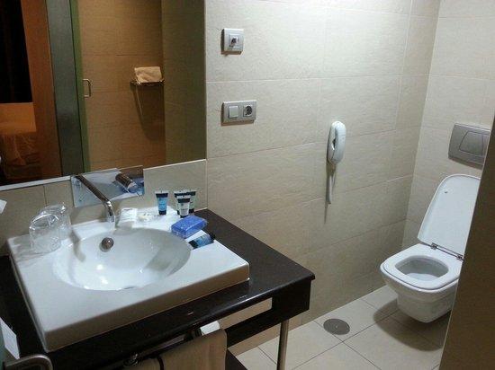 Itaca Hotel Jerez: Il bagno