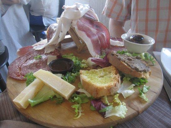 Ristorante IL FANTA : typical local snacks