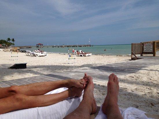 The Reach Key West, A Waldorf Astoria Resort: Like a Corona commercial!