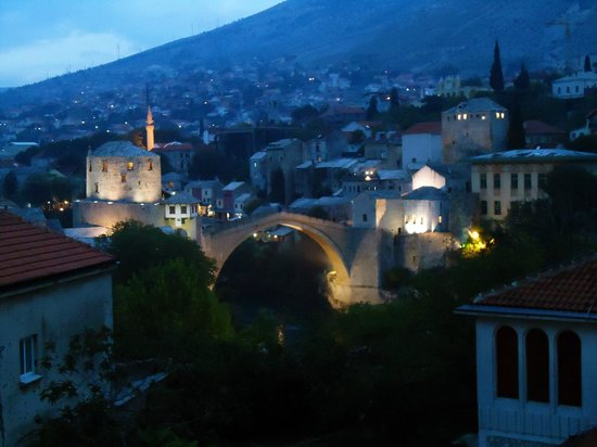 Villa Anri Mostar: View of the bridge from the hotel's terrace