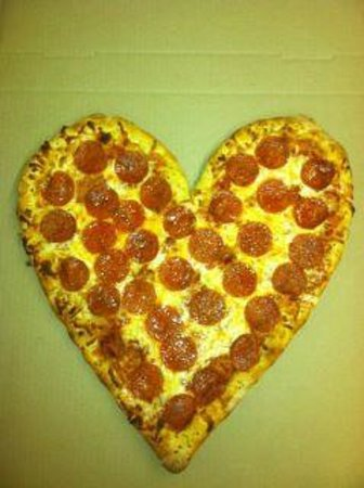 Pizza D's: Love what we do.