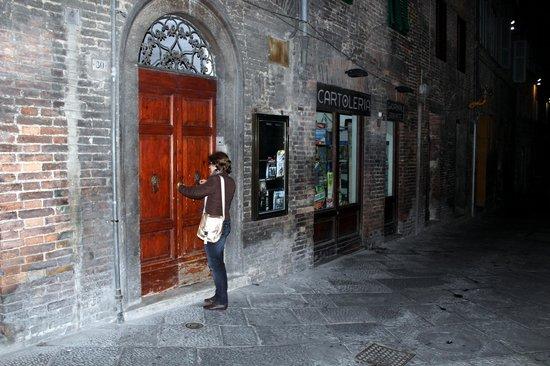 Bed & Breakfast Quattro Cantoni: A porta de entrada típica de Siena