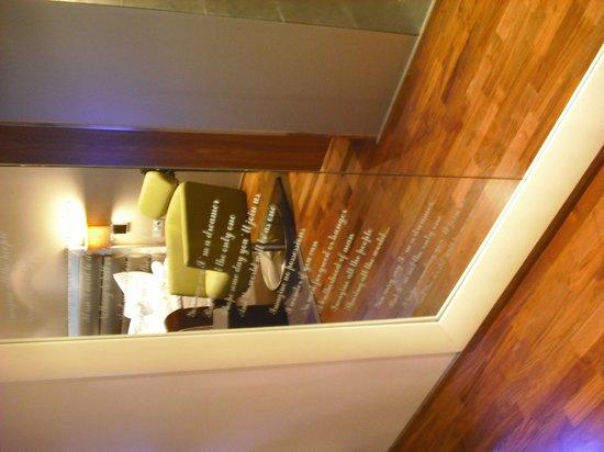 Radisson Blu Hotel Olumpia: Trendy bedroom