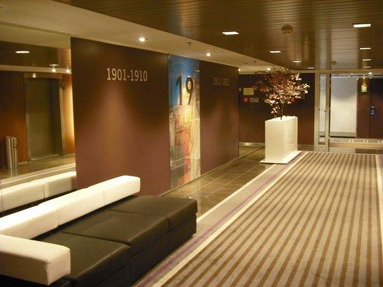 Radisson Blu Hotel Olumpia: room on the 19th Floor