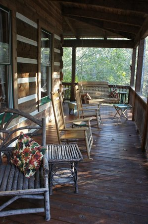 Hearthstone Lodge: front porch