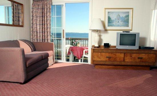 Alouette Beach Resort: Beachfront Room 49