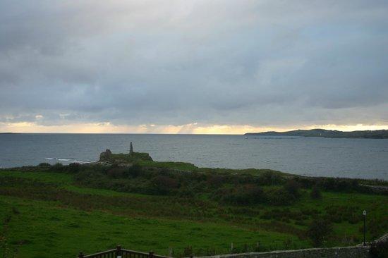 Castle Murray House Hotel & Restaurant: Blick auf die Bucht am Abend