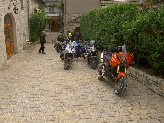 Hotel de la Poste: Bike parking