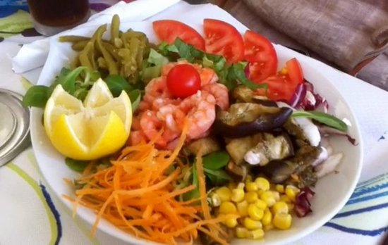Nilus: Colorful salads