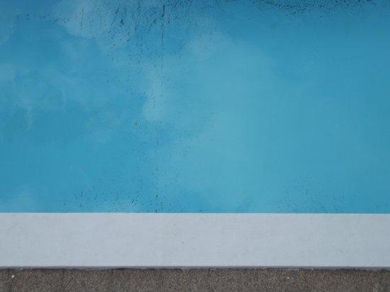 Apartamentos Isabel : swimming pool pic 1