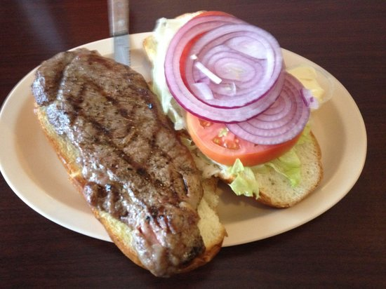 Pop's Family Restaurant: Steak sandwich