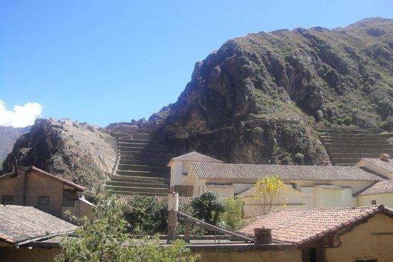 Hotel Sol: Ruinas Incas vista da sacada do hotel