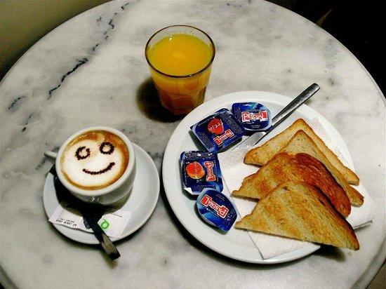 Quin Cafe: Desayuno