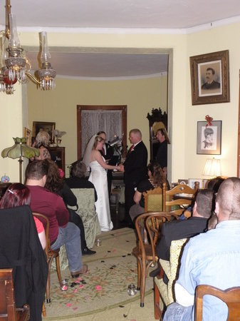 Lehmann House Bed & Breakfast: Weddings at Lehmann House