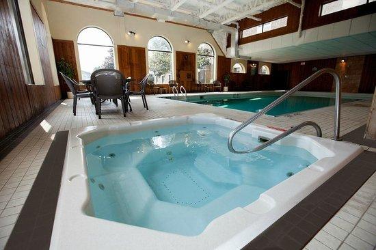 BEST WESTERN Glengarry Hotel: Indoor heated pool & hot tub