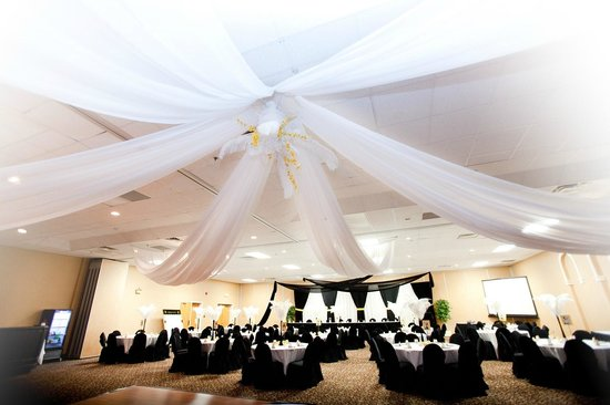 Best Western Truro - Glengarry: Where you happily ever after begins...