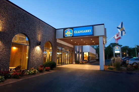 Best Western Truro - Glengarry: Located downtown with free parking for hotel guests