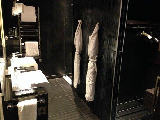 Sofitel Casablanca Tour Blanche: Baño