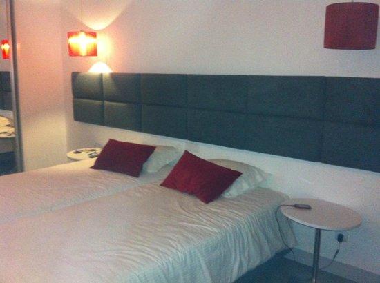 Rossio Hotel: Quarto twin com camas juntas a pedido!