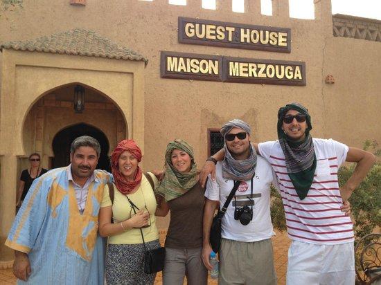 Guest House Merzouga : Carovana in partenza per il deserto