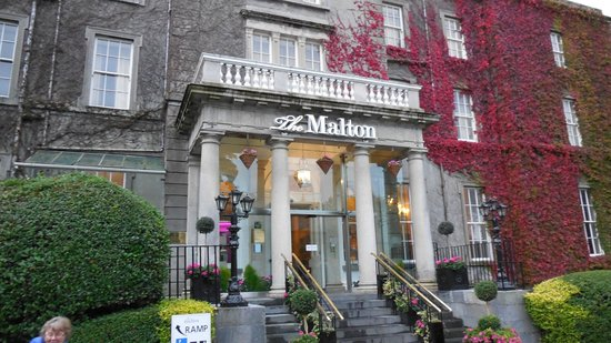 Entrance to The Malton Hotel