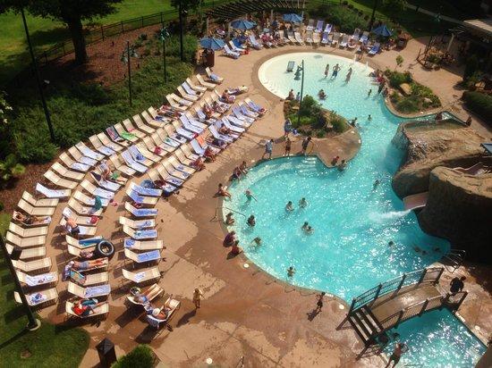 Marriott Shoals Hotel & Spa : Nice pool
