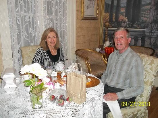 The Canon City Queen Anne: Anniversary dinner
