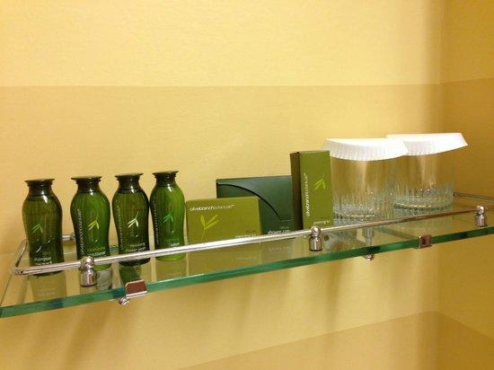 Portola Hotel & Spa at Monterey Bay: Products
