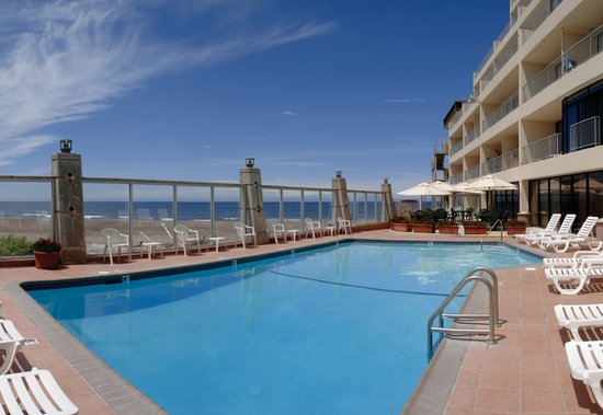 Pool And Spa Right On The Ocean Picture Of Inn At