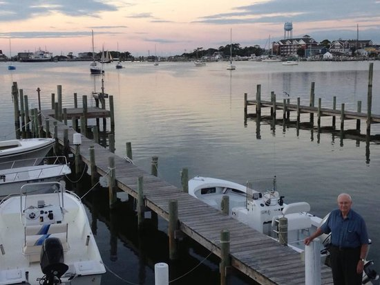 Ocracoke Harbor Inn: Dad on the dock at sunset