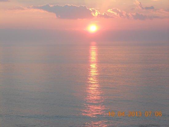 Princess Royale Resort: Great sunrise