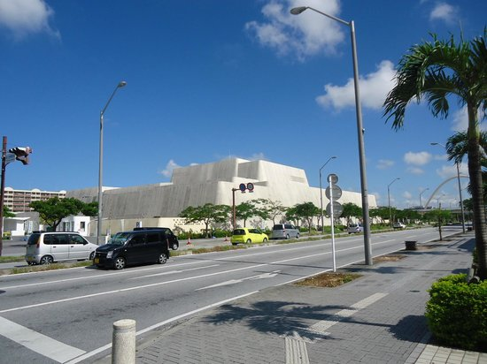 沖縄県立博物館・美術館(入口) - Picture of Okinawa Prefectural Museum & Art Museum, Nah...