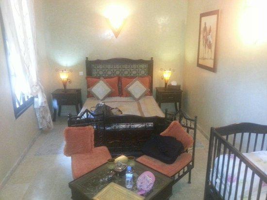 Riad Soleil d'Orient: notre suite (avec tele , wifi )