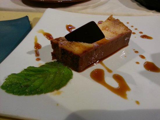 Ikibana Restaurant & Lounge Born : Desert