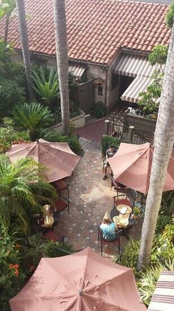 Casa Laguna Inn & Spa: Breakfast Patio!